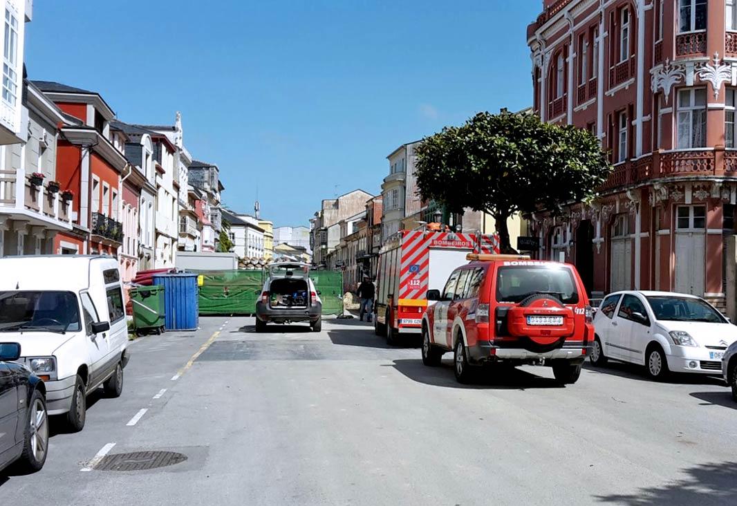 Malestar entre os negocios da rúa San Roque, de Ribadeo, tras o escape de gas
