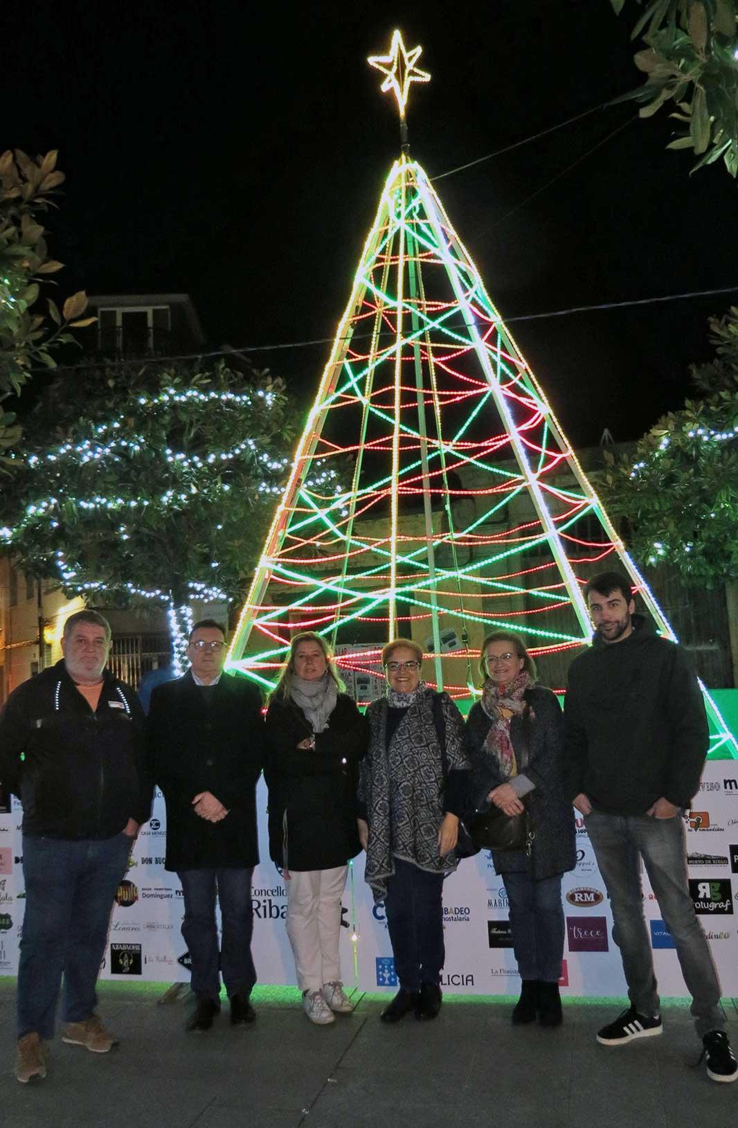 Acendido da árbore de Nadal 2018